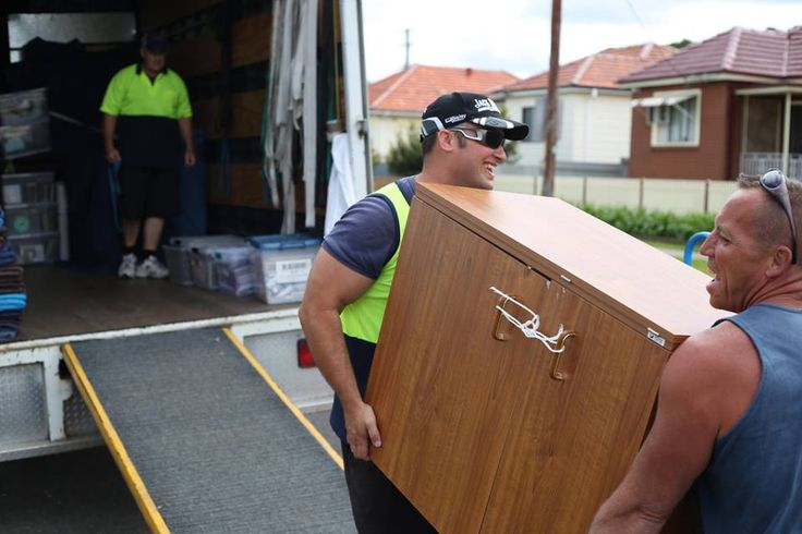 'Transfervans' has a proficiency in providing their services and costs as consistent with the budget of  the customers. We offer  prime quality services to our clients at extremely low costs. Move freely in Auckland with the help of our skilled movers today. For more details, visit us: https://www.transfervans.co.nz