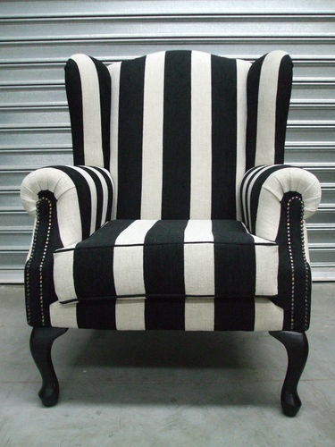 More black n white...