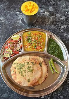 These typical Delhi Street Style Matar and Kulcha had always made me crave whene…