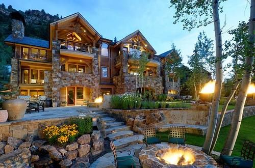 Buttermilk ski home with fire pit....