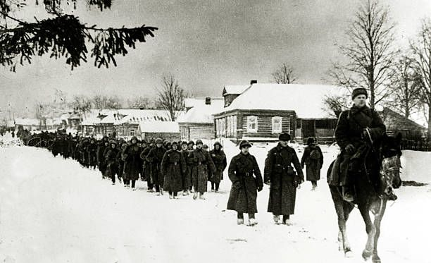 January 1942, Russian Red Army troops on the march in the snow in the northern sector - pin by Paolo Marzioli
