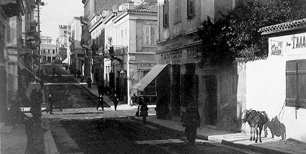 Nikis str.. Before a century it was a wide street with mansions and asses in front of their main doors.
