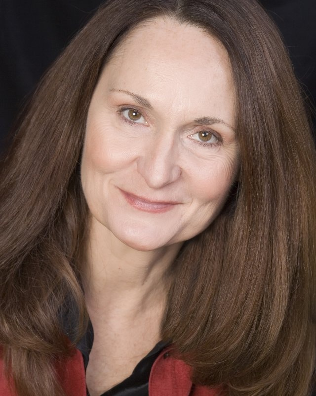 Beth Grant: Mrs. Drake (The Curse of Blackmoor Manor)