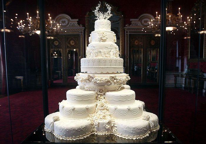 Düğünlerin En Tatlı Anı 'Düğün Pastası'