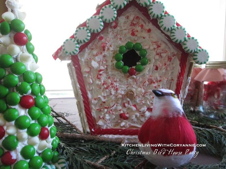{Christmas Decor} DIY Christmas Bird House featured on title='Ce...>