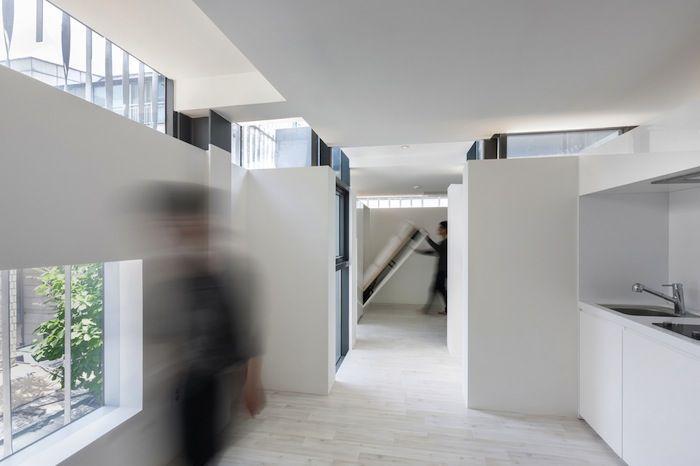 Wohnanlage in Berlin Treppe, Dorf und Griechische - moderne esszimmer ideen designhausern