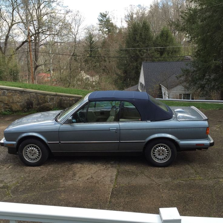 Car brand auctioned:BMW: 3-Series 1989 325 i Car model bmw convertible