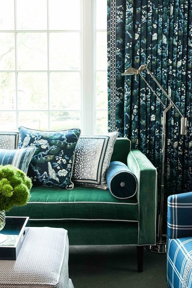 Vern Yip Of Tlc S Trading Spaces Our Latest Interior Designer Crush Farm House Living Room Vern Yip Small House Interior