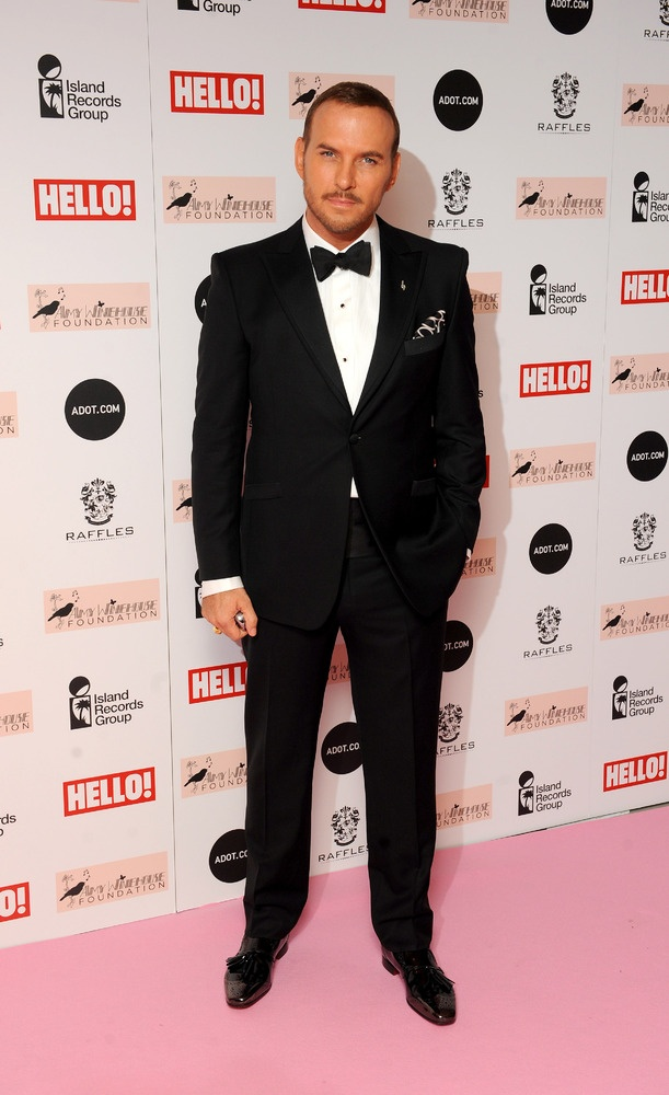 Matt Attends Amy WineHouse Foundation Ball and he is so pleasing to my eyes:)