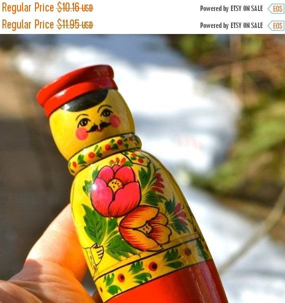 """Russian Doll Pepper Vintage Hand Made Russia Doll Pepper Shaker Wooden Man with Red Hat """"Pepper"""" Toile Painting Tulips Bright by StudioVintage on Etsy"""