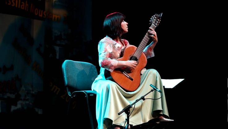 Celebra chitaristă spaniolă Margarita Escarpa, în recital la București - http://herald.ro/evenimente/muzica/celebra-chitarista-spaniola-margarita-escarpa-in-recital-la-bucuresti/