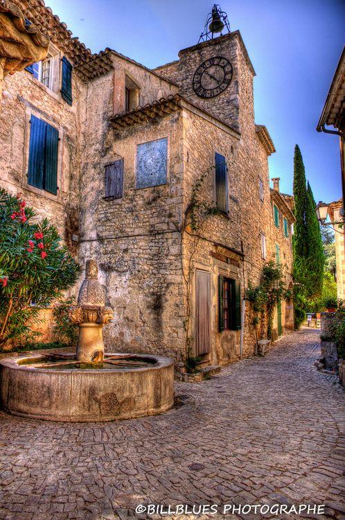 Ruelles de Séguret en Provence