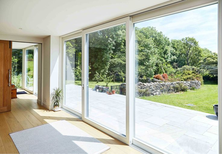 Closed 3 panel Lift and Slide Doors