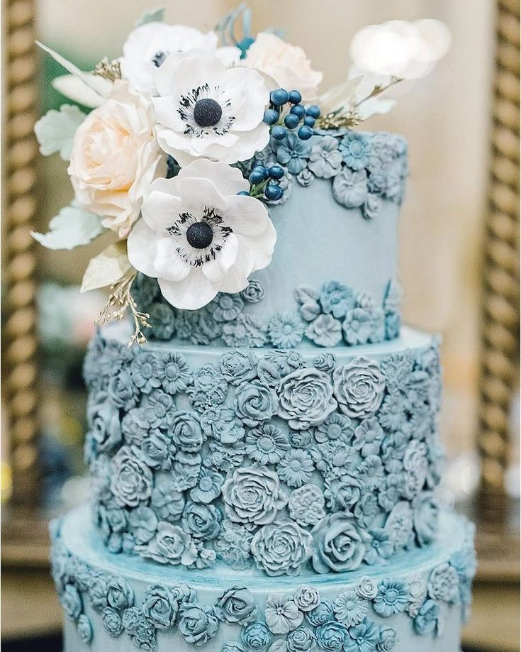 Pretty wedding cake dusty wedding cake #weddingcake #cake #wedding #weddingcakes