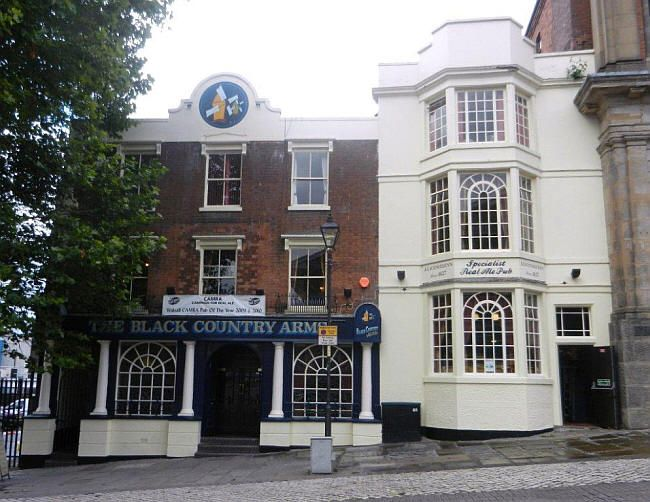 Green Dragon, The Guildhall, High Street, Walsall - in August 2011