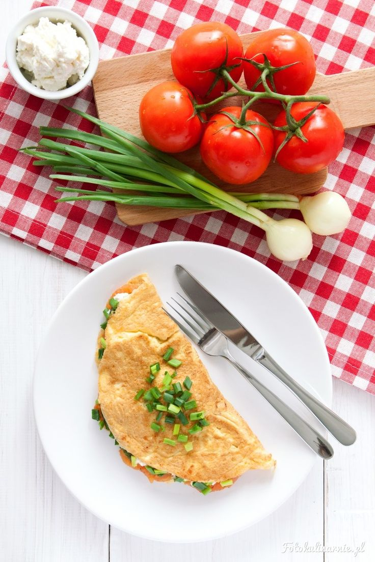 Grilled Tomato and Cream Cheese Omelette.