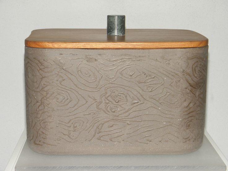 Brottopf: Keramik mit Holzdeckel