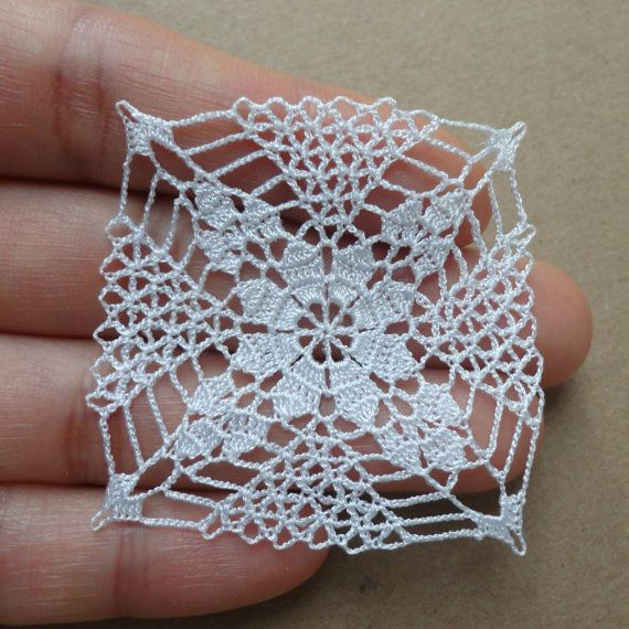 Miniature crochet square doily 4.5 cm, by MiniGio