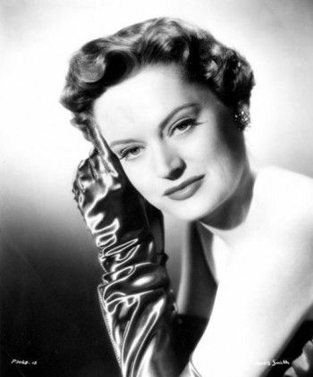 Alexis Smith 1952 portrait