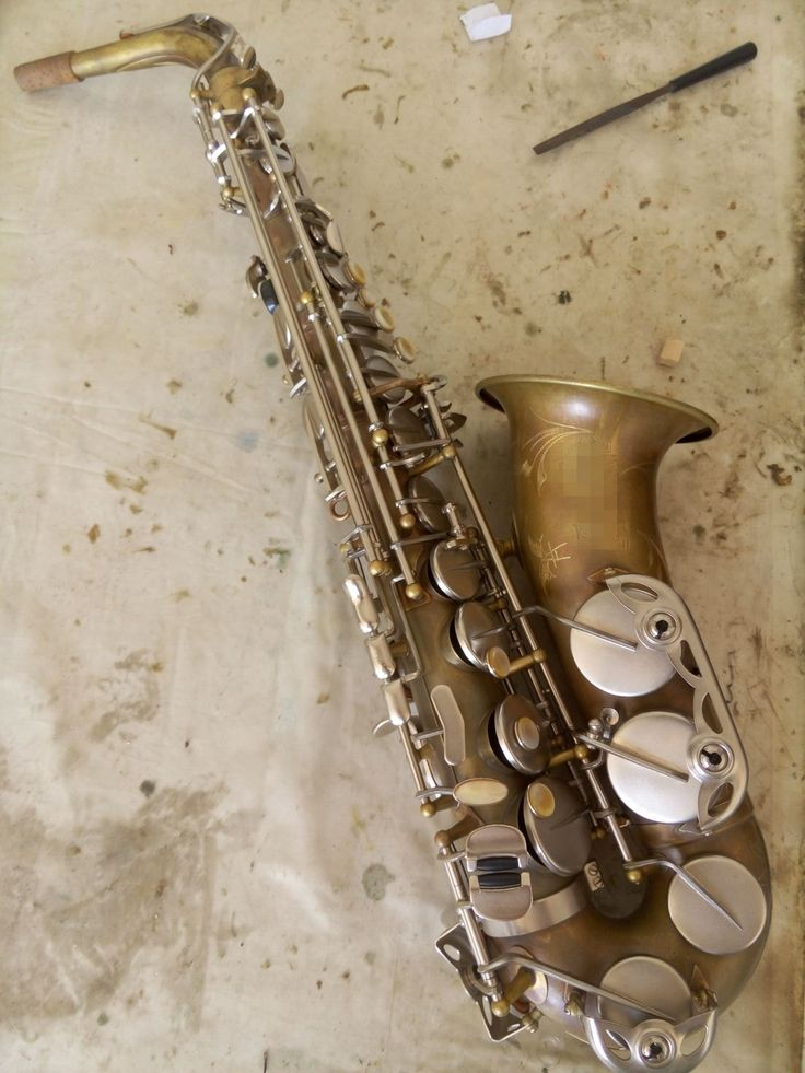 vintage surface matt silver key professional alto saxophone price is usd400 600 whatsapp. Black Bedroom Furniture Sets. Home Design Ideas