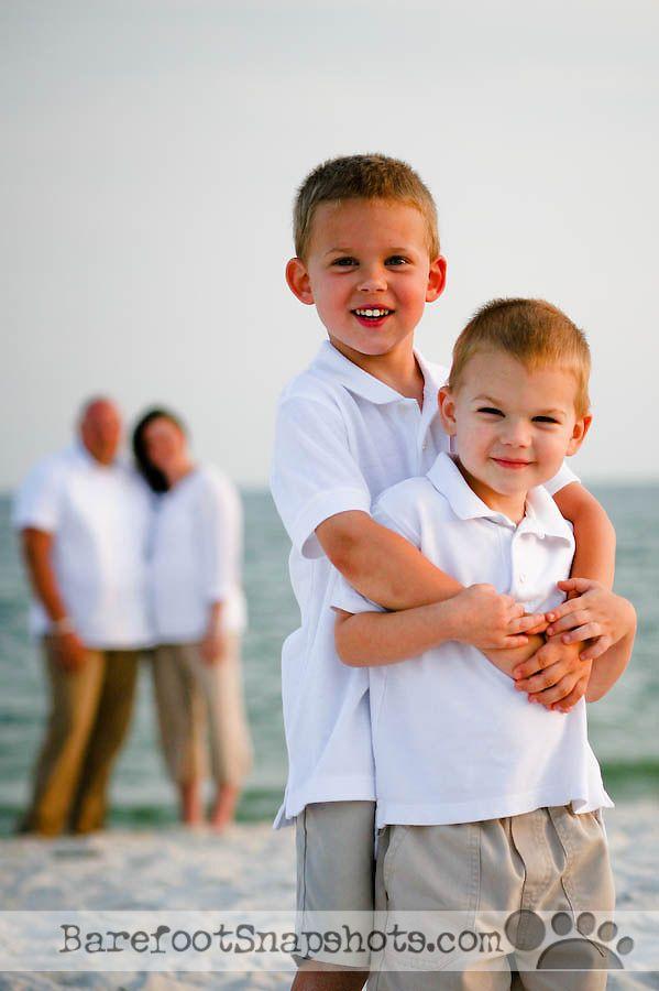 Family Beach Picture Ideas | repin like comment family beach photo ideas sun shots com