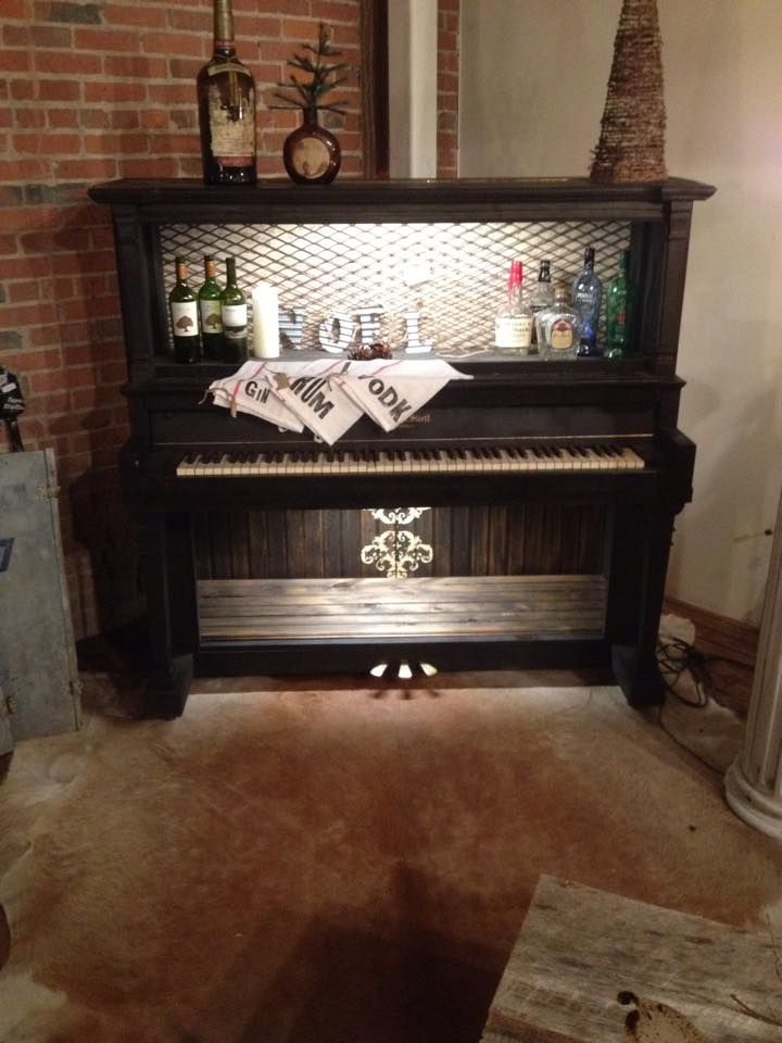 great use for an old piano diy projects pinterest piano and old pianos. Black Bedroom Furniture Sets. Home Design Ideas