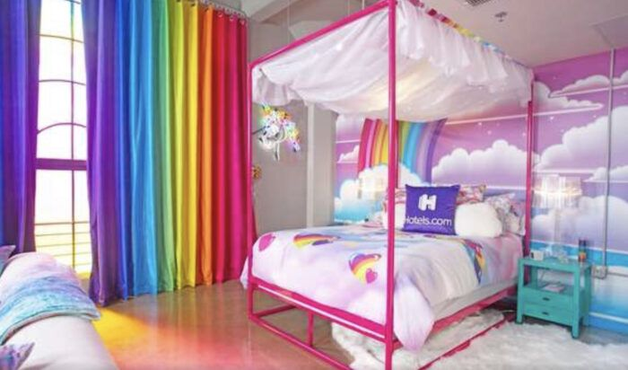 You Can Rent A Lisa Frank Themed Apartment And Bring Your 90 S Childhood Back Themed Hotel Rooms Bedroom Themes Lisa Frank