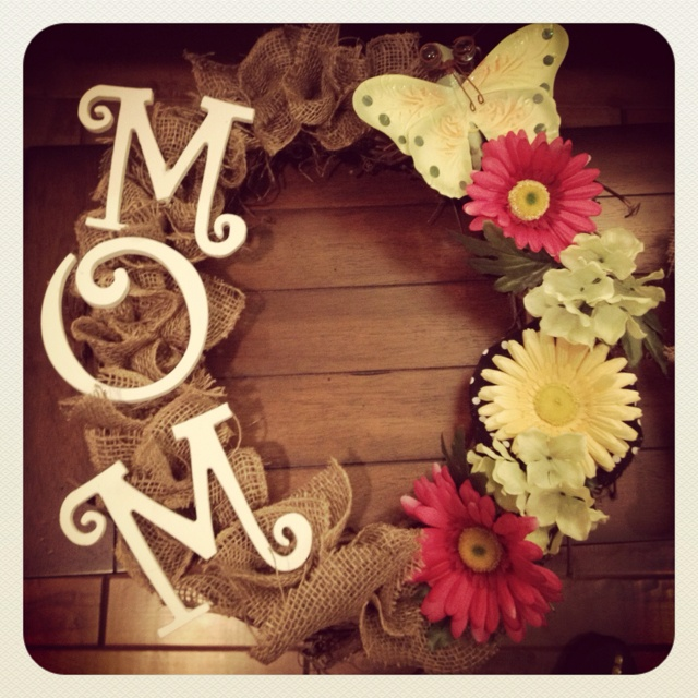 Mothers day wreath:))