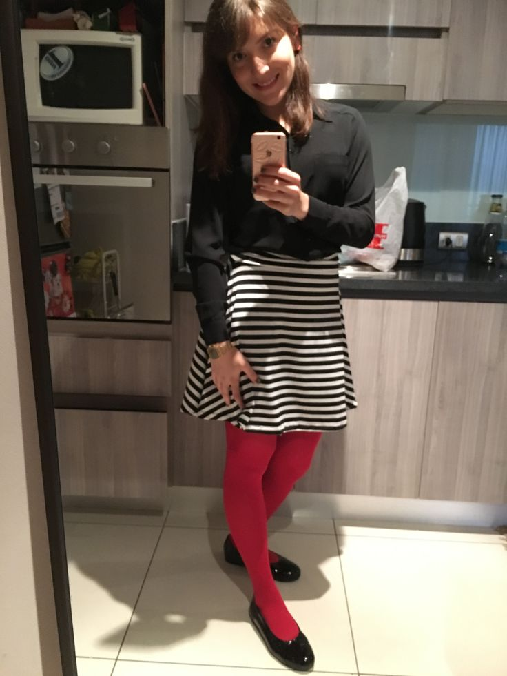 Black & white + red tights ❤️❤️❤️