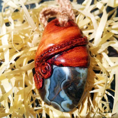 Arrowthings. Beautiful agate jewellery. Handmade craft jewellery.