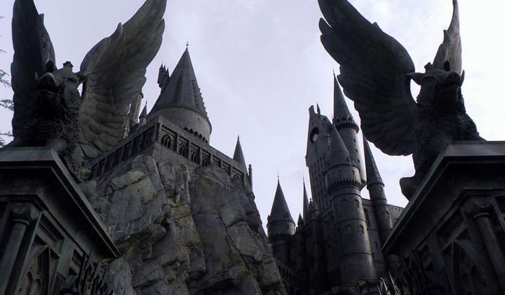 D'une durée de neuf semaines, le MOOC de Poudlard apprendra aux apprentis sorciers à se défendre contre les forces du mal et à perfectionner leur maîtrise de la magie.