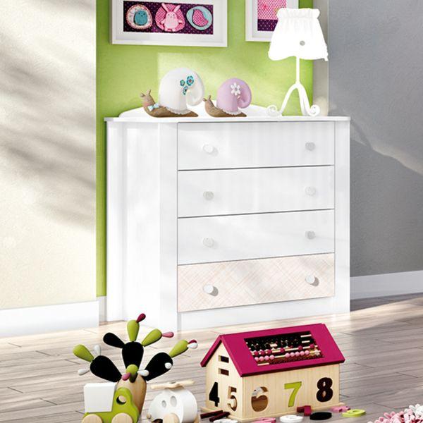 Gostou desta Cômoda 4 Gavetas Sonho Encantado Branco - Henn, confira em: https://www.panoramamoveis.com.br/comoda-4-gavetas-sonho-encantado-branco-henn-1051.html