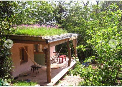 http://www.wildflowerturf.co.uk/wildflower-roof-turf