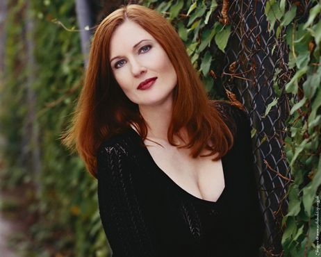 Annette O'Toole- Mrs jones