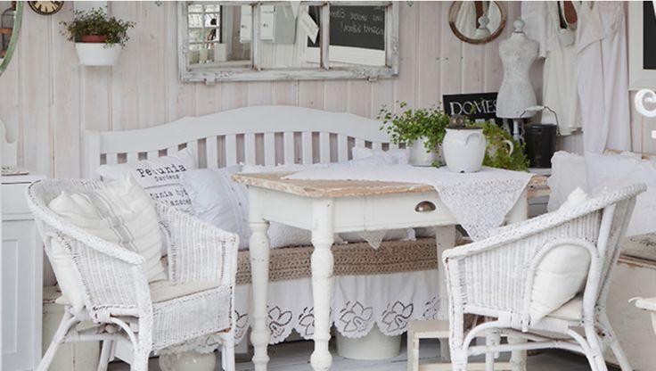 les 28 meilleures images du tableau int rieurs de charme. Black Bedroom Furniture Sets. Home Design Ideas
