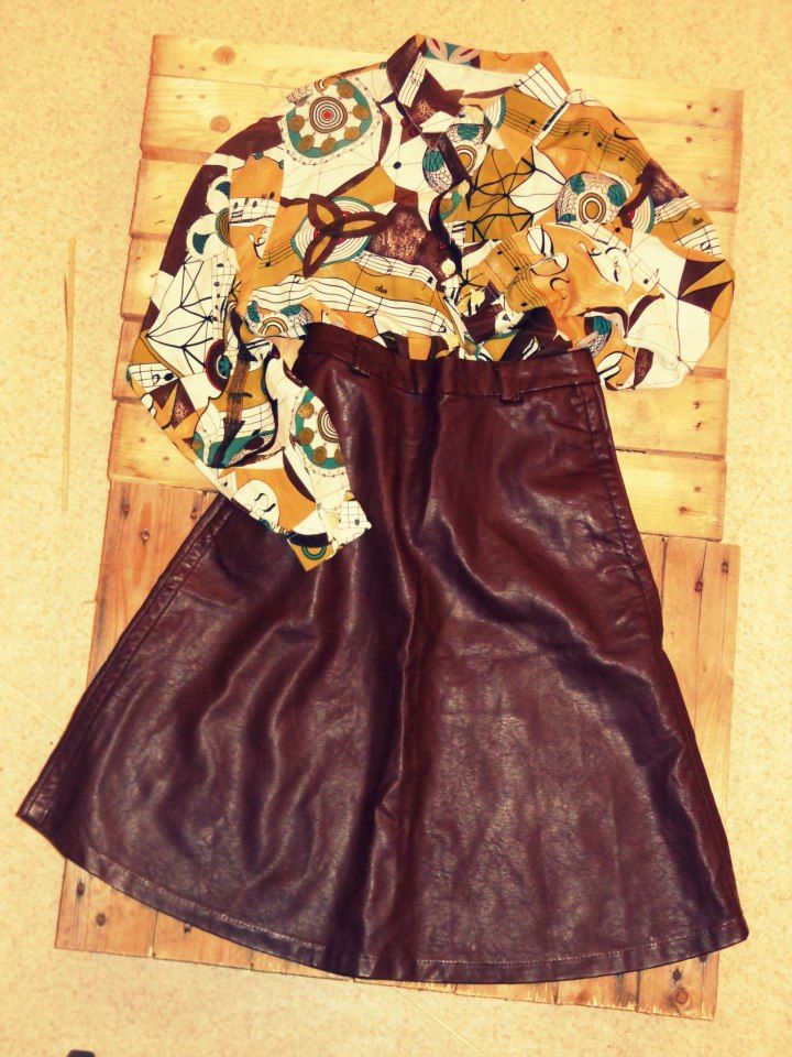 Vintage outfit - leather and silk