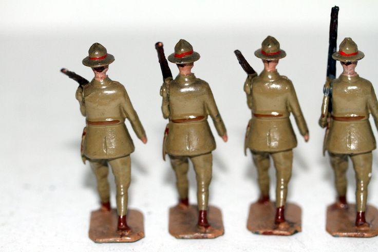 Britains Toy Lead Soldier Set 1543 New Zealand Infantry 8 Pieces Pre War | eBay