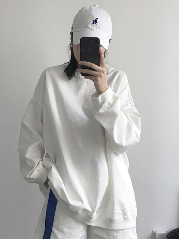 dac5ebda9 Pure Cotton White Round-neck Blouses in 2019   Style   Blouse ...
