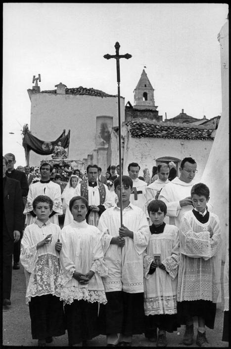 Grassano, Basilicata, Italy, 1973 - love the one boys face