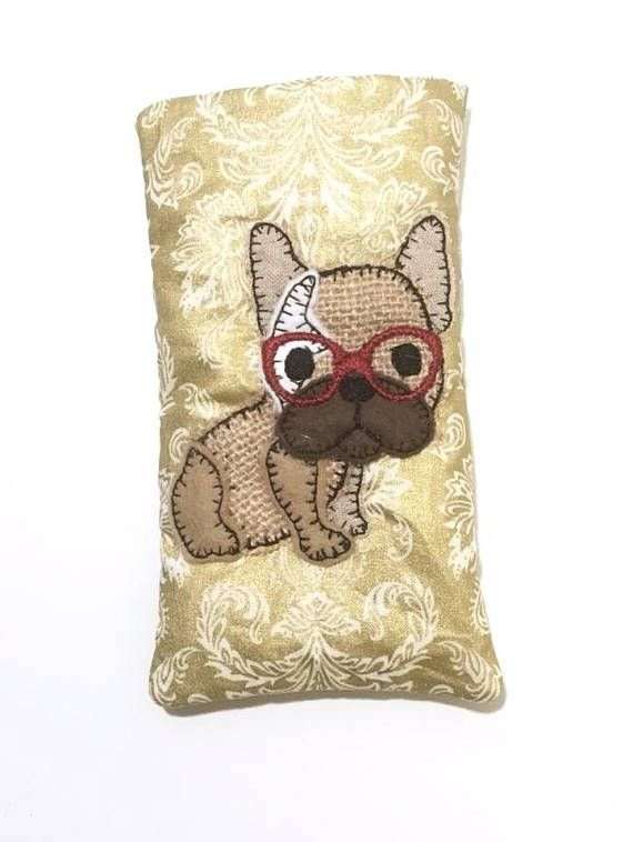 In The Hoop (ITH) project for a glasses case or cell phone holder with French Bulldog – designed for 5×7 hoops Description This 5×7 pattern for a glasses case will fit most size glasses, sunglasses and cell phones. Please check measurements before purchasing the pattern though