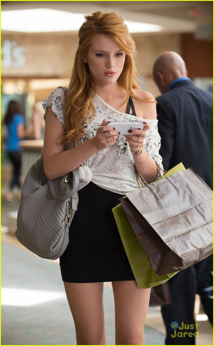 It up bella thorne sports a grown up look in elegant peplum dress - The Duff Movie Stills On Set Interview Pics With Bella Thorne Robbie Amell I Like The Hair Too