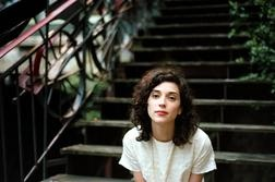 My wife has ruined my taste for anything but smoky brunettes, but that's not my only reason for liking St. Vincent. Girl can sing!