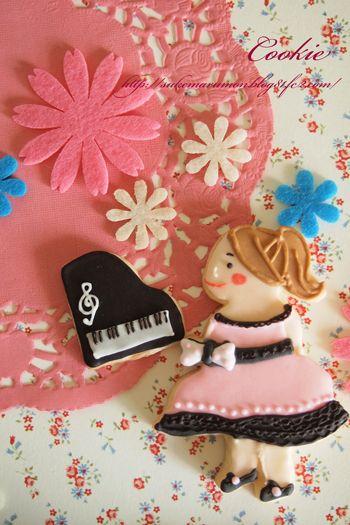 可愛い女の子のクッキー型&ピアノ型 ~ピアノの発表会ver~ by ...