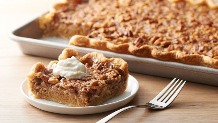 Two of your favorite Thanksgiving pies, combined in one pie and ready for a crowd.
