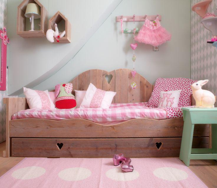 Bedbank lieve kinderkamer meisje pinterest kinderbedden kinderkamer en meisjeskamer - Roze meid slaapkamer ...