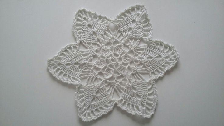 17 Meilleures Images Propos De Crochet Sur Pinterest Filet Crochet Mauve Et Dentelles Au