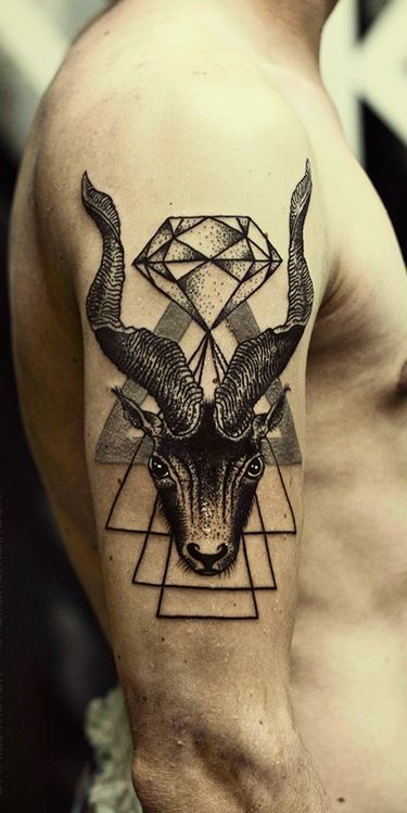capricorn zodiac tattoo tatuajes. Black Bedroom Furniture Sets. Home Design Ideas