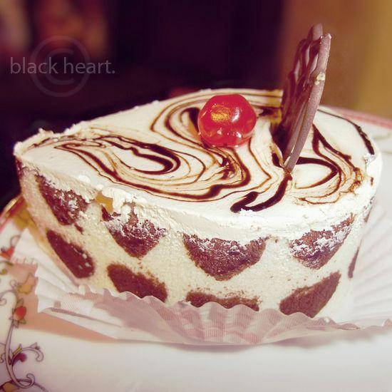 sweet by a-place4my-head.deviantart.com: Aplace4Myheaddeviantartcom