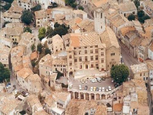 Éguilles - Village de Provence proche Aix en Provence