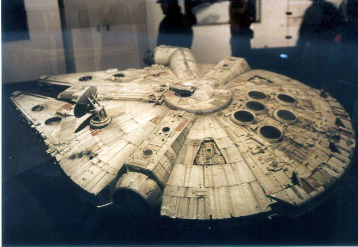 Art-of-Star-Wars-Exhibit-1995-Original-Prop-Blog-Millenium-Falcon-1.jpg 860×594 pixels